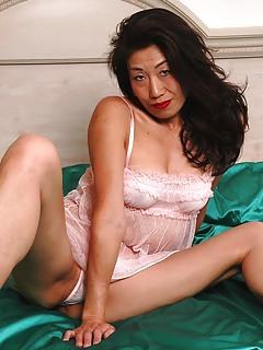 Asian Porn Pics