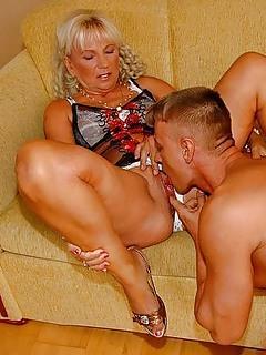 Pussy Lick Porn Pics